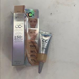 It cosmetics color correcting full coverage cream